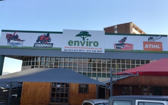 Enviro Chainsaws a new TOMCAT Wood Chippers Agent in Mpumalanga Sabie Hazyview and Nelspruit (1)