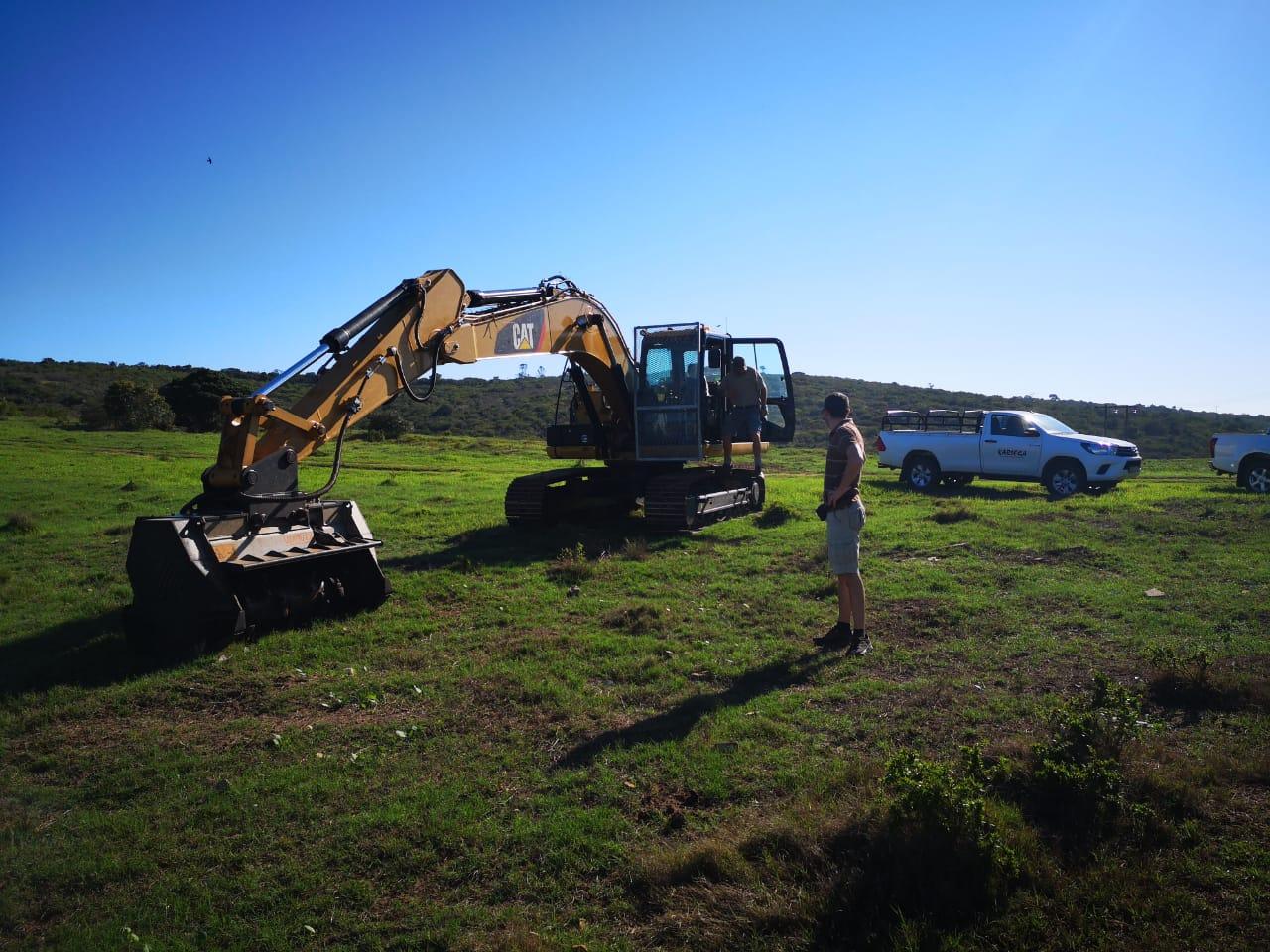 FAE Mulcher on Excavator (1)